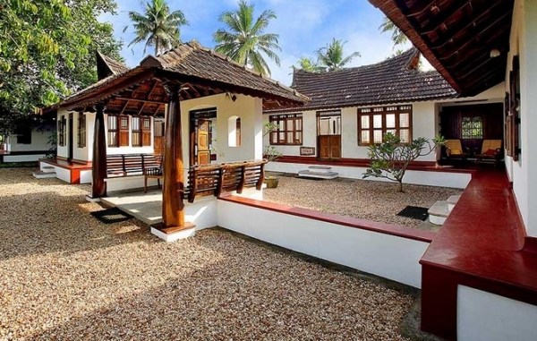 Philip kutty s farm choomti for Low cost farm house